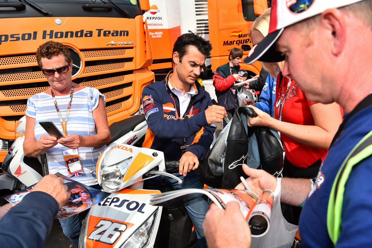 Dani Pedrosa Autograph Pit Paddock Two Wheels for Life MotoGP Silverstone Day of Champions 2018
