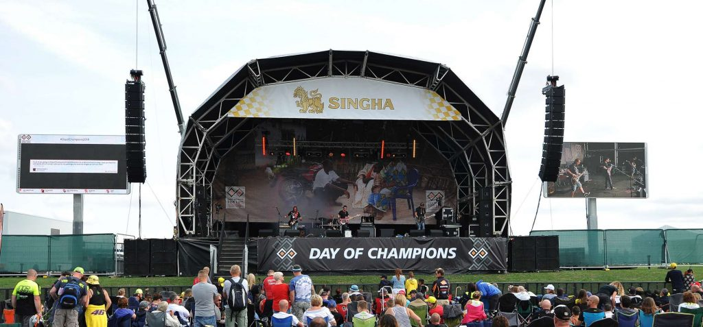 Main Stage delivers loads of enjoyment for fans