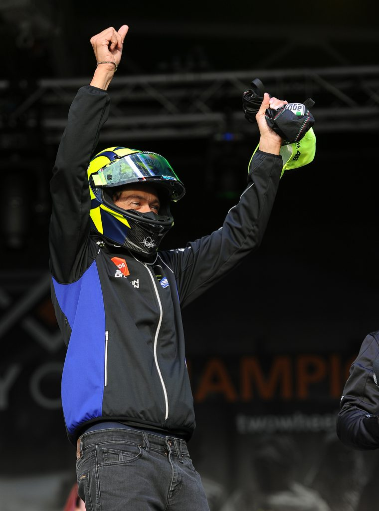 Rossi auctioned a helmet which went for £7100